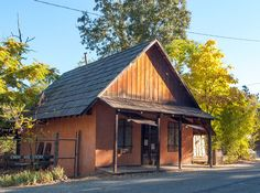California -- Amador County -- Fiddletown -- Chew Kee Store (built 1850)