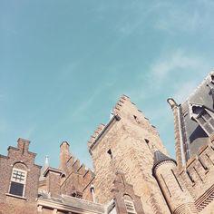 #binnenhof #070 #denhaag #thehague #littlesmilemakerstravels #summer #blue #holland
