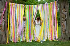 Such a cool, cheap and easy idea for a party or casual wedding!