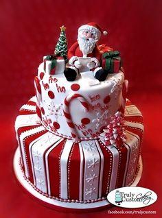 Santa cake, what a beautiful Christmas cake. Christmas Cake Decorations, Christmas Sweets, Holiday Cakes, Christmas Baking, Christmas Cakes, Xmas Cakes, Christmas Birthday, Christmas Christmas, Minimal Christmas