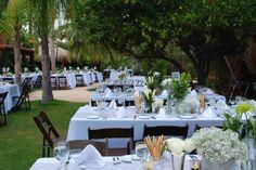 palm springs wedding | http://www.thewalkdowntheaisle.com