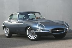 Looking for the Jaguar of your dreams? There are currently 537 Jaguar cars as well as thousands of other iconic classic and collectors cars for sale on Classic Driver. Jaguar E Type, Jaguar Xk, Jaguar Xj220, Jaguar Cars, Jaguar For Sale, Aston Martin Lagonda, British Sports Cars, Import Cars, Automobile