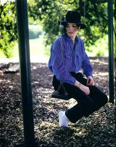 Michael Jackson at his Neverland ranch. (Photo taken by Harry Benson for Life Magazine 1993)