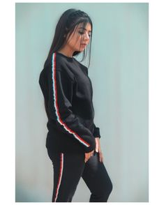 Beautiful Pakistani Dresses, Pakistani Dresses Casual, Girl Pictures, Girl Photos, Sporty Outfits, Cute Outfits, School Fashion, Girl Fashion, Bridal Hairstyle Indian Wedding