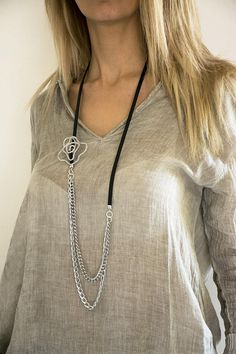Stunning lariat necklace, modern style, to be wear with any fashion style, for evening or just casual look. This necklace is made by myself, with love and dedication. Each piece is designed to be a classy stylish jewel. MATERIALS: * Aluminum wire. Aluminum is lightweight and will