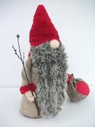 These Handmade Swedish Tomte Dolls Are Welcome Any Time of the Year. Not Only for Christmas.The tomte is one of the most familiar creatures of Scandinavian. Swedish Christmas, Christmas Gnome, Christmas Deco, Scandinavian Christmas, Felt Crafts, Holiday Crafts, Youtube Crochet, Felt Ornaments, Christmas Ornaments