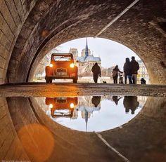 2CV ina tunnel