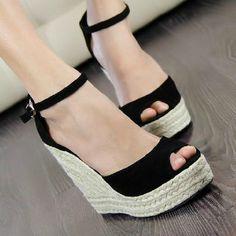 moda elegante 2013 das mulheres dedo aberto botão trança de palha cunhas sandálias plataforma de veludo cunhas plataforma salto alto sapato venda quente US $21.36