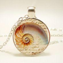 1pcs/lot 2015 Fashion Seashell Logo Necklace Pendant Charm Ocean Beach Round Silver Vintage Necklace Men Jewelry Women Gift(China (Mainland))