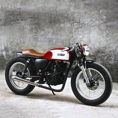 Suzuki GN125. OVERBOLD MOTOR CO.