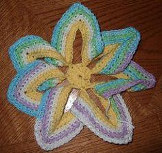 Crochet Flower Hot Pad1