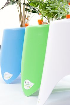 TriPot I™ - Self-watering Planter www.greenamic.com