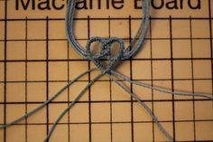 Macrame Tutorial, Bracelet Tutorial, Micro Macramé, Craft Corner, Macrame Jewelry, Bracelets, Crafts, Friendship Quotes, Celtic