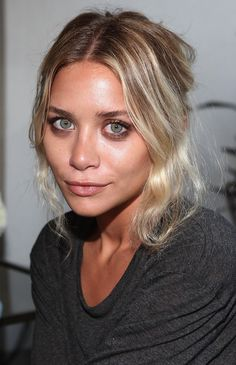 Get Ashley Olsen's Subtle Smoky Eye Beauty Look