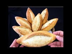 Gerçek Ekmek Budur✅Nasıl Yaptığıma İnanamazsınız Herkesin Yapabileceği Kolaylıkta✅Bera Tatlidunyasi - YouTube Breakfast Items, Dough Recipe, Pitaya, Bread Recipes, Vegetables, Food, Youtube, Drinks, Recipes