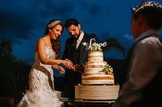 Antigua Hacienda de Santiago cake cutting wedding