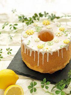 ピポポタマスさんの「レモンのシフォンケーキ」レシピ。製菓・製パン材料・調理器具の通販サイト【cotta*コッタ】では、人気・おすすめのお菓子、パンレシピも公開中!あなたのお菓子作り&パン作りを応援しています。