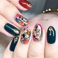 Christmas Nail Designs - My Cool Nail Designs Nail Art Designs, Colorful Nail Designs, Christmas Nail Designs, Christmas Nails, Hot Nails, Hair And Nails, Elegant Nail Art, Japanese Nail Art, Bridal Nails