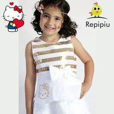 Nossa gatinha com um dos vestidos da nossa nova coleção da #hellokitty  que é um look perfeito para a virada que está chegando! ❤️ ele está disponível no nosso site!  www.repipiu.com.br  WhatsApp 11 99239-2469 @repipiubaby  #bebê #criança #modainfantil #baby #kids #adorable #cute #babystyle #fashion #fashionkids #look #lookinho #lookdodia #forgirls #babywearing #babywear #kidsfashion #babadores #promocao #natal #presente #natal #presente #presentesdenatal #anonovo #lookanonovo #look