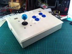 DIY Arcade Controller for Xbox 360 | Hack N Mod