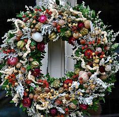 Jesenný s oriešky by flowersandmore - SAShE.sk - Handmade Aranžovanie