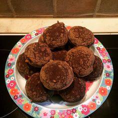 Banános baba muffin Baba, Evo, Muffin, Cookies, Desserts, Crack Crackers, Tailgate Desserts, Deserts, Cookie Recipes