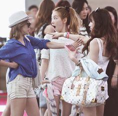 Girls Generation Must've Seen Something - Funny