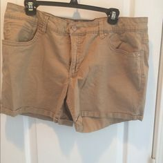 Khaki Shorts Size 16 Faded Glory Khaki Shorts. Have cuff at hem & has belt loops. Never worn. (Too big for me). Excellent condition . Faded Glory Shorts
