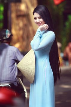 Vietnamese Beauty , Love Her Beautiful Hair