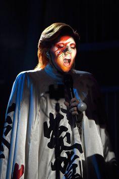 Pin for Later: Tout Ce Qu'il S'est Passé en Coulisses Lors des Grammy Awards Lady Gaga