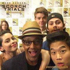 The Scorch Trials au Comic Con 2015. Dylan has a beard thingy?