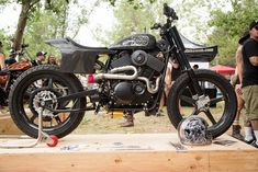 XG 750 R Flattracker - RocketGarage - Cafe Racer Magazine
