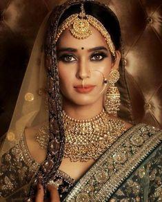 Sabyasachi Jewelry Indian Jewelry,Heavy Indian Bridal Jewelry Set,Kundan Jewelry Jewellery - New Ideas Bridal Makeup Looks, Indian Bridal Makeup, Indian Bridal Fashion, Bridal Beauty, Indian Bridal Jewelry Sets, Bridal Jewellery, Jewellery Box, Antique Jewellery, Indian Jewelry