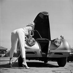 American actress and model Mamie Van Doren with her Jaguar XK140 OTS 1954