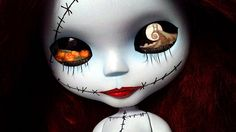 What is this.. a Tim Burton Blythe?!?