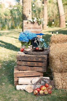 wedding, wedding decor, wedding detail, wedding photo, photo zone свадебные мелочи, оформление свадьбы, сено, гортензия, яблоки, фрукты, природа, лето