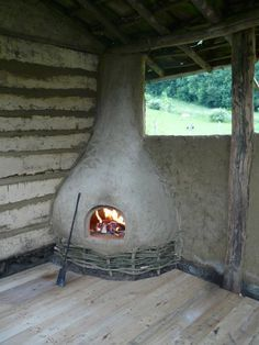 I wonder if you can just build these up and then just SLOT them into place on a regular house? Wood Oven, Wood Fired Oven, Earth Bag Homes, Cob Building, Primitive Technology, Outdoor Oven, Natural Homes, Rocket Stoves, Natural Building