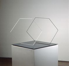 Dois cubos lineares virtuais, WEISSMANN, FRANZ (1999.061)