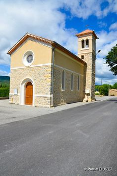 La petite église de Salignac - Alpes de Haute Provence 04
