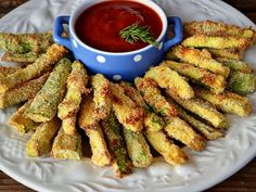 Dovlecei crocanti Chicken Wings, Carne, Green Beans, Tapas, Appetizers, Food And Drink, Healthy Eating, Cooking Recipes, Vegetarian