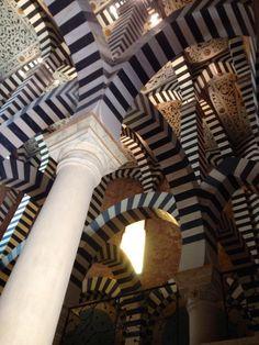 Rocchetta Mattei: un misterioso castello nell'Appennino bolognese
