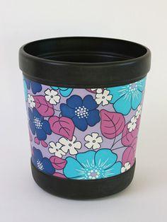 Flower Pop Bin: Discard your rubbish the cute way into this original 1970s flower print bin!