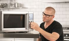 Not a fan of exploding baked beans in the microwave, Experimental chef Heston Blumenthal's solution was to come up with his own 'intelligent' microwave. Chef Heston Blumenthal, Combi Oven, Kitchen Kit, Microwave Oven, Beautiful Kitchens, Cooking Time, Inventions, Kitchen Appliances, Good Things