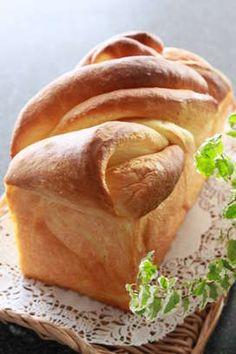 デニッシュブレッド風(折込みしない成形) by DUFFYchan Bread Recipes, Cooking Recipes, Honey Toast, Homemade Sweets, Bread Bun, Cafe Food, Bread Baking, Better Life, Farmers Market