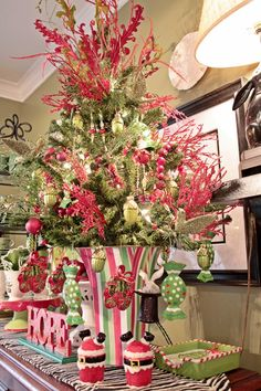 Lime and Red Kitchen Christmas Tree...Adorable!
