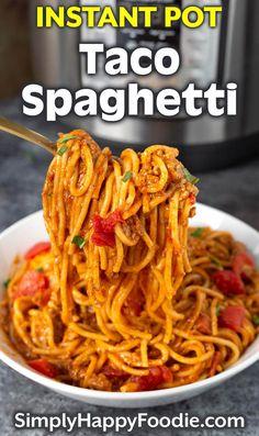 Pressure Cooker Recipes Pasta, Pressure Cooker Spaghetti, Instant Pot Pressure Cooker, Pressure Cooking, Instant Pot Pasta Recipe, Best Instant Pot Recipe, Instant Pot Dinner Recipes, Taco Spaghetti, Spaghetti Recipes