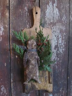 Just a little reminder that my Very Primitive Christmas update will be open tonight 12/4/12 @ 6:00 pm Central time. Hope you can stop on by ;) http://sweetpeasprimitives.blogspot.com/ ~ Sweetpeas Primitives