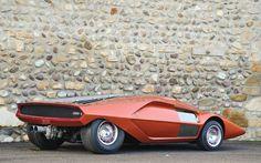 bertone-concepts-at-rm-auctions-villa-deste-02