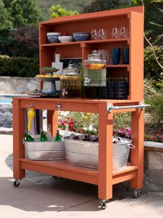 How to Build an Outdoor Bar and Beverage Station How To Make a Farmhouse-Style Outdoor Bench Outdoor Buffet Tables, Outdoor Bar Table, Outdoor Bars, Outdoor Bar And Grill, Outdoor Bar Furniture, Outdoor Pallet Bar, Outdoor Benches, Adirondack Furniture, Patio Bar Set