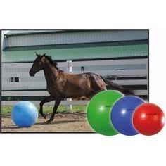Voorkomt verveling en stimuleert lichaamsbeweging! De Jolly Mega Ball is de ultieme speelbal voor ponies en paarden. Leg de bal bij uw paard in de bak of in de wei, en wacht af. Wordt geleverd met voetpomp en handleiding.
